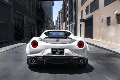 2015 Alfa Romeo 4C - USA version 106