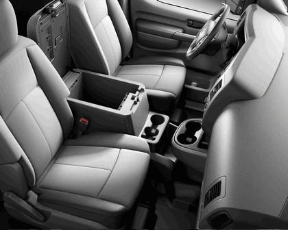 2014 Nissan NV - USA version 24