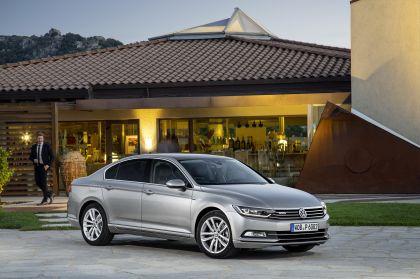 2015 Volkswagen Passat 37