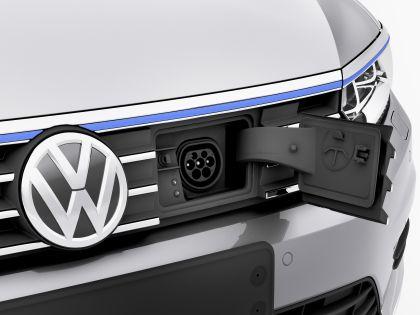 2015 Volkswagen Passat 39
