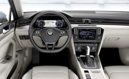 2015 Volkswagen Passat 51
