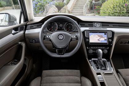 2015 Volkswagen Passat 55