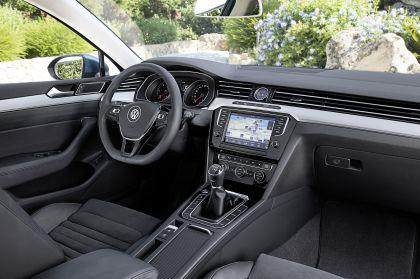 2015 Volkswagen Passat 58