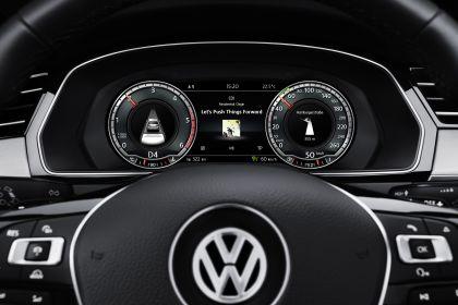 2015 Volkswagen Passat 61