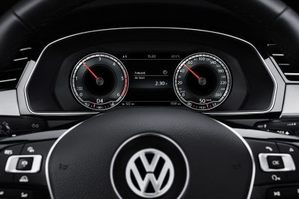 2015 Volkswagen Passat 65