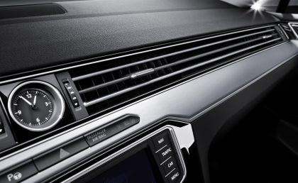 2015 Volkswagen Passat 73