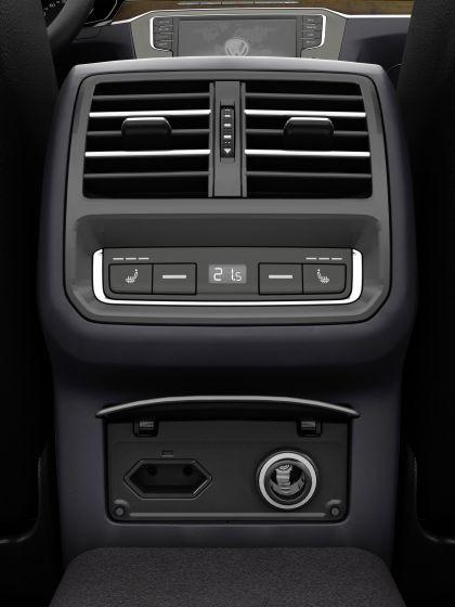 2015 Volkswagen Passat 80
