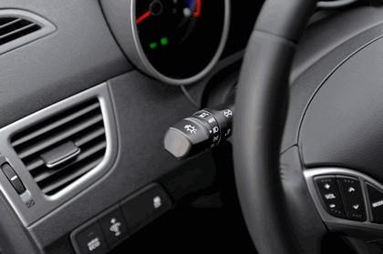 2015 Hyundai Elantra sedan 27