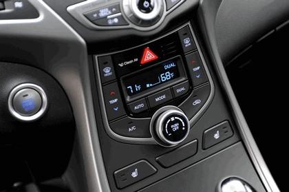 2015 Hyundai Elantra sedan 29
