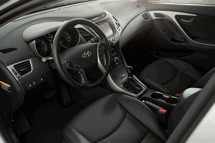 2015 Hyundai Elantra sedan 46