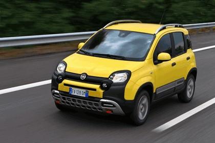 2015 Fiat Panda Cross 29