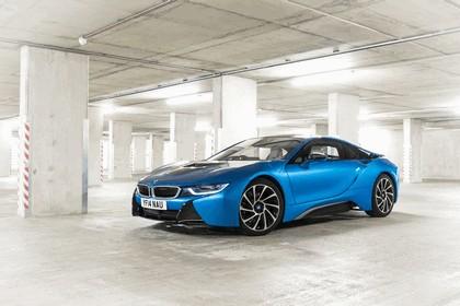 2014 BMW i8 - UK version 3