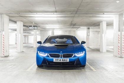 2014 BMW i8 - UK version 4