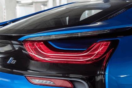2014 BMW i8 - UK version 12