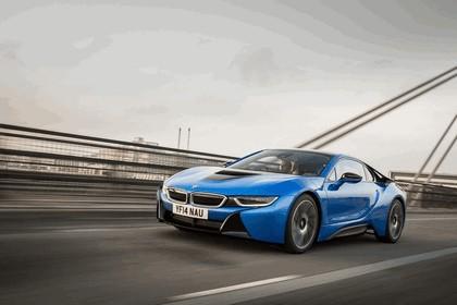 2014 BMW i8 - UK version 13