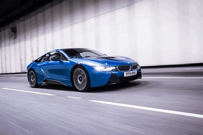2014 BMW i8 - UK version 26