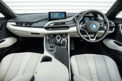 2014 BMW i8 - UK version 57