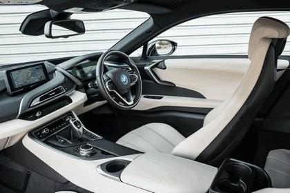 2014 BMW i8 - UK version 59