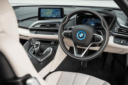 2014 BMW i8 - UK version 63