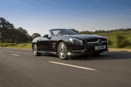 2014 Mercedes-Benz SL 400 - UK version 3