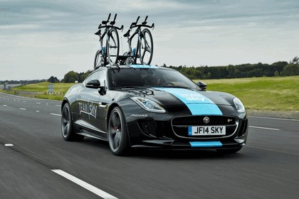 2014 Jaguar F-type coupé high performance support vehicle 11