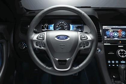 2015 Ford Taurus SHO 17