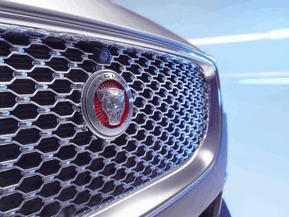 2014 Jaguar XE 16