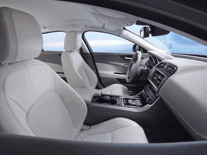 2014 Jaguar XE 23