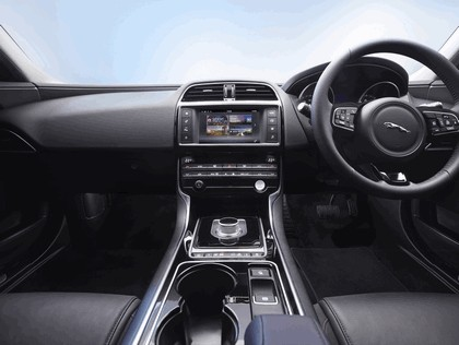 2014 Jaguar XE 27