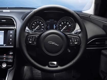 2014 Jaguar XE 29