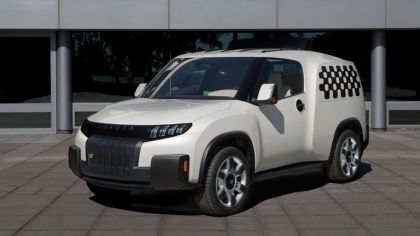 2014 Toyota U-squared Urban Utility Concept Vehicle 6