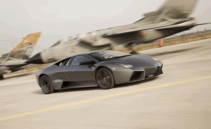 2007 Lamborghini Reventon vs Tornado 4