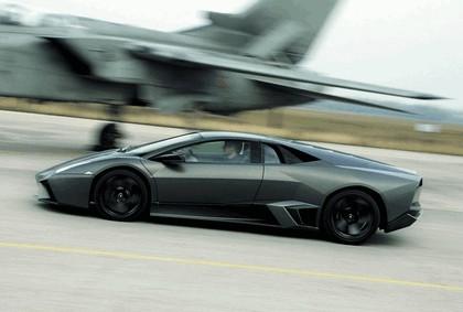 2007 Lamborghini Reventon vs Tornado 6