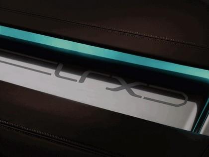 2007 Land Rover LRX concept 26