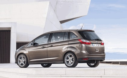 2015 Ford Grand C-Max 12