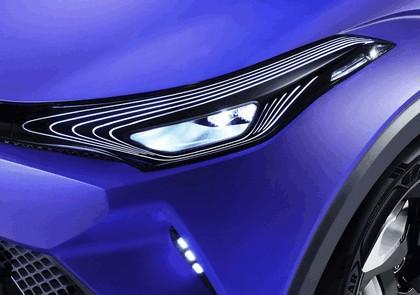 2014 Toyota C-HR concept 16