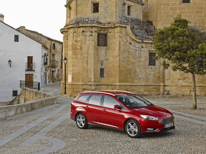 2014 Ford Focus SW 10