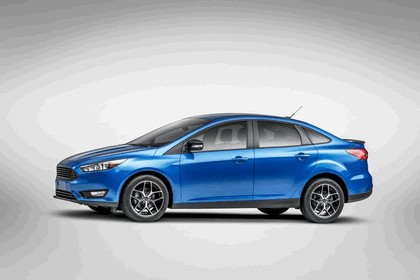 2014 Ford Focus sedan 2