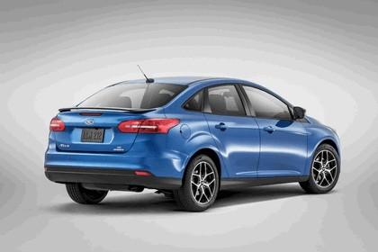 2014 Ford Focus sedan 3