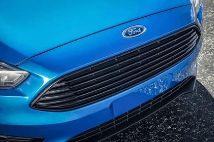 2014 Ford Focus sedan 16