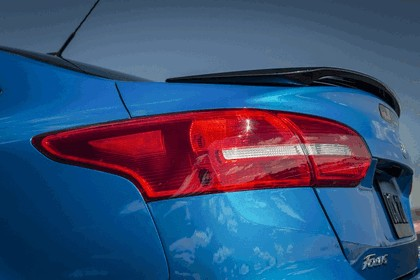 2014 Ford Focus sedan 18