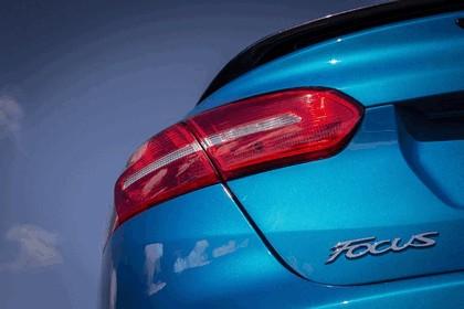 2014 Ford Focus sedan 19