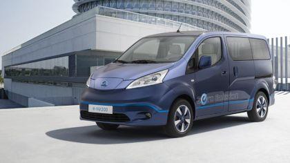 2014 Nissan e-NV200 VIP concept 9