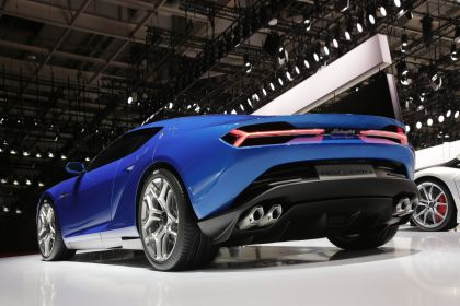 2014 Lamborghini Asterion LPI 910-4 13