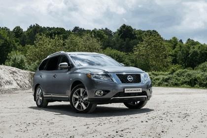 2015 Nissan Pathfinder - Russian version 15