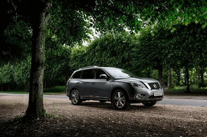 2015 Nissan Pathfinder - Russian version 19
