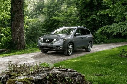 2015 Nissan Pathfinder - Russian version 22