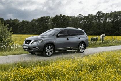 2015 Nissan Pathfinder - Russian version 24
