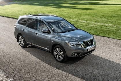 2015 Nissan Pathfinder - Russian version 26