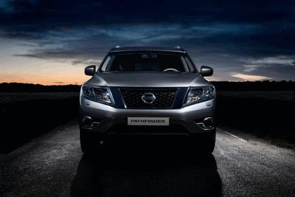 2015 Nissan Pathfinder - Russian version 29